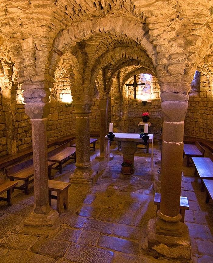 Cripta Románica de Olius